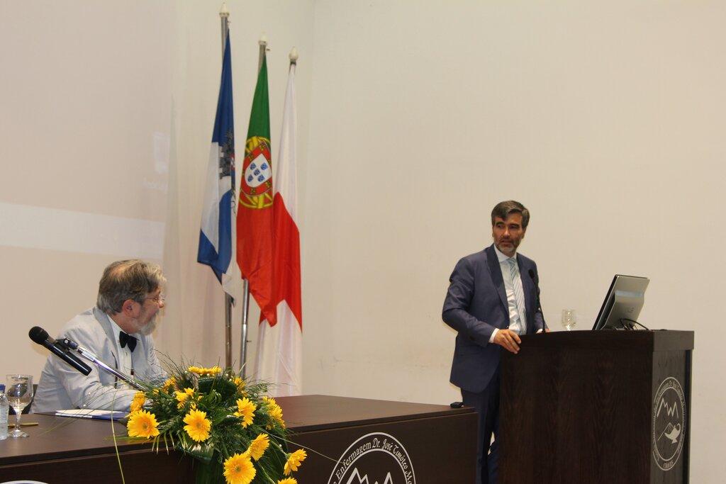 CM Chaves   Cruz Vermelha Portuguesa assume a Escola Superior de ... d4b57cfe71b56